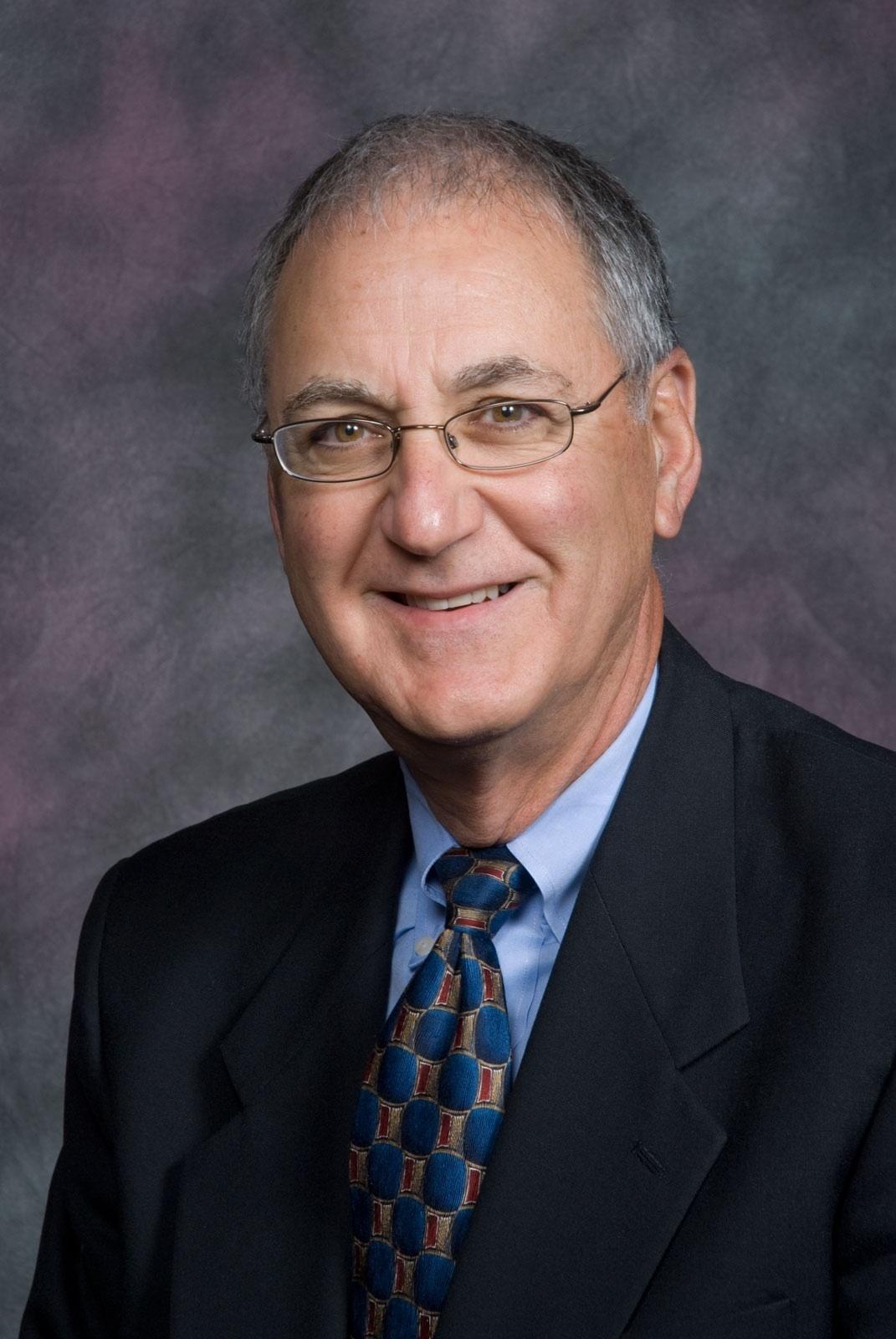 Darell R. Lumaco
